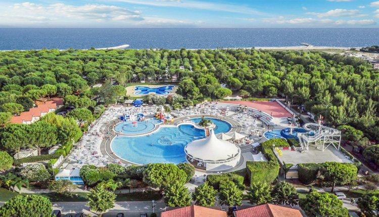 Luchtfoto Zwembad Sant Angelo